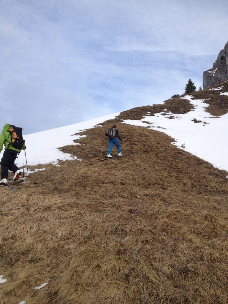 Dry skiing